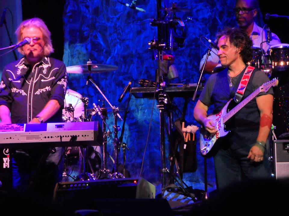 Hall & Oates leave them wanting more at the Borgata
