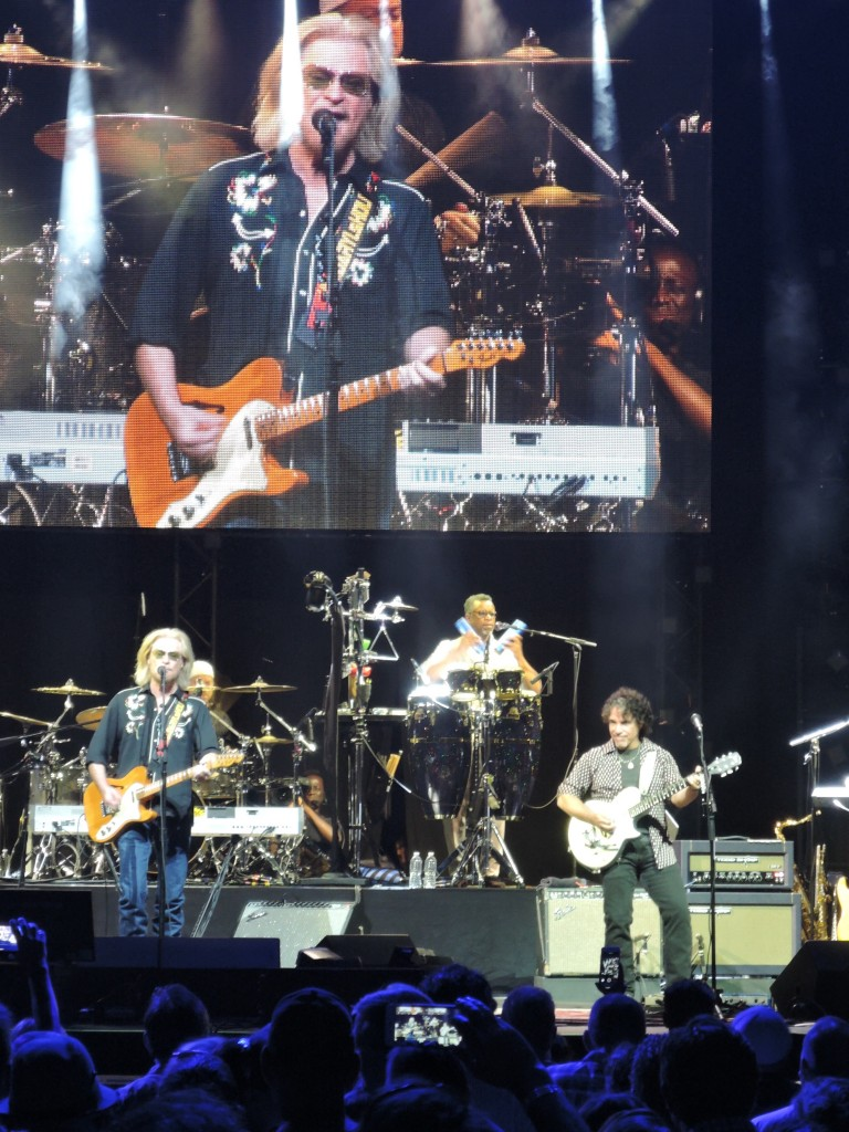Hall & Oates concert delivers a few Philly surprises to the Philly faithful