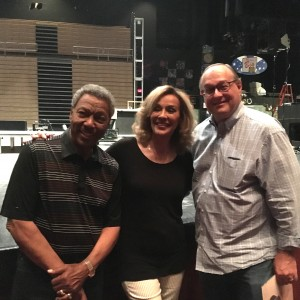 Meeting Marilyn McCoo and Billy Davis Jr. after the show in Atlantic City.