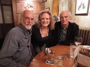 Michael Brewer, Gail Farrell and Tom Shipley at dinner before the show. (Photo by Mike Morsch)