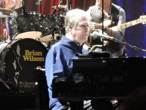 Brian Wilson behind the piano at Caesars in Atlantic City. (Photo by Mike Morsch)
