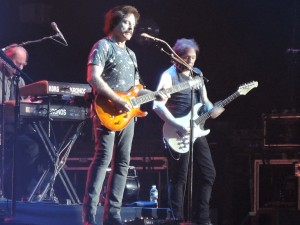 Tom Johnston and John McFee (Photo by Mike Morsch)