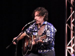 John Oates performed a solo show in New Hope, PA, in January 2015. (Photo by Mike Morsch)