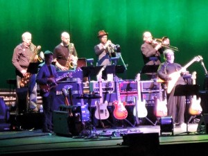 Walter Becker, right, grooves with the Steely Dan band. (Photo by Mike Morsch)