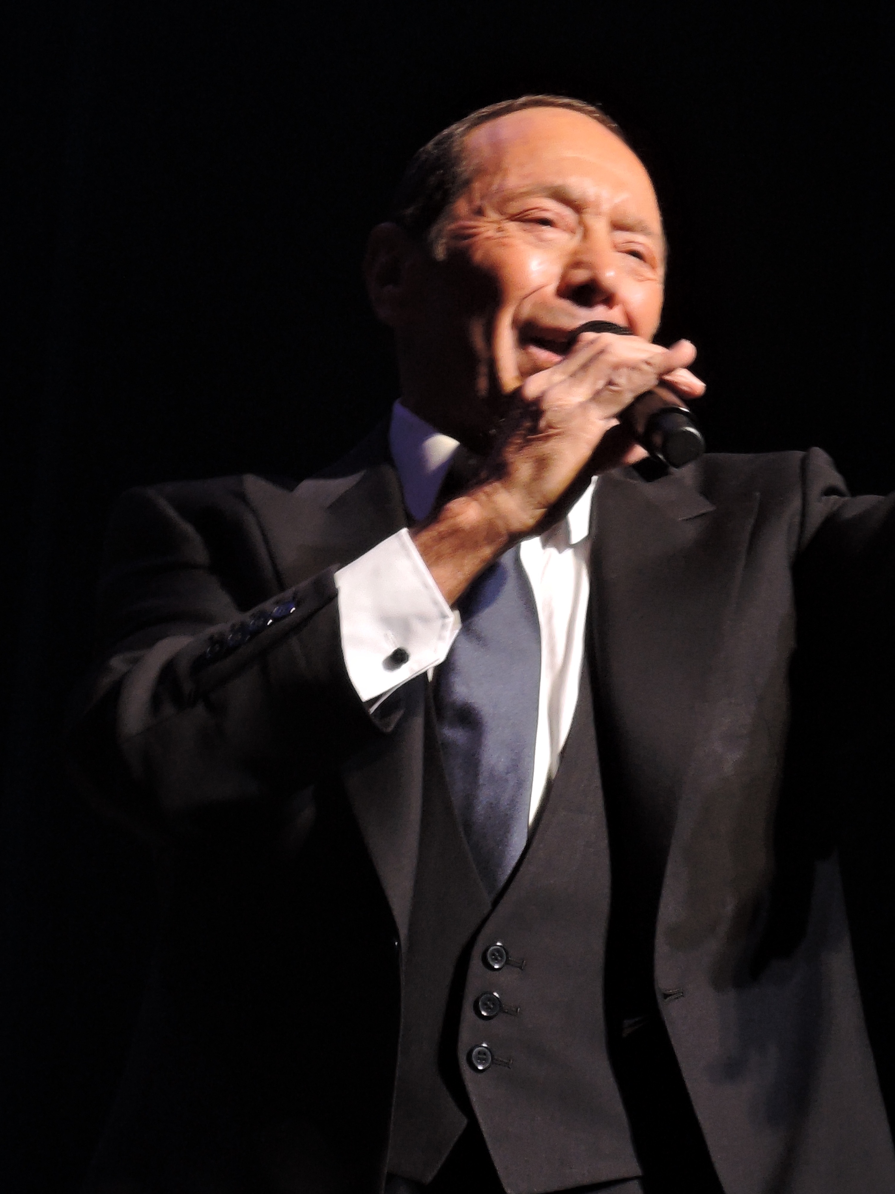 Paul Anka Capable And Comfortable Being The Keeper Of The