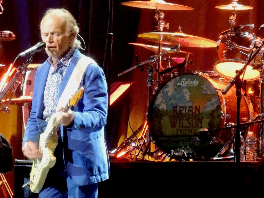Original Beach Boys member Al Jardine on guitar. (Photo by Mike Morsch)